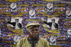 Opposition Union for Democracy and Social Progress (UDPS) leader Etienne Tshisekedi speaks to the media at his residence in the Democratic Republic of Congo's capital Kinshasa November 27, 2011. REUTERS/Finbarr O'Reilly