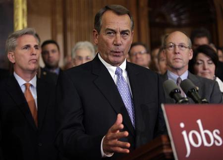 U.S. House Speaker John Boehner (R-OH) speaks to the media after the House vote on the Senate version of the payroll tax cut extension on Capitol Hill in Washington December 20, 2011. REUTERS/Yuri Gripas