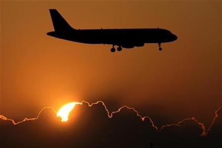 A plane approaches Rome's Fiumicino International Airport in a file photo. REUTERS/Max Rossi