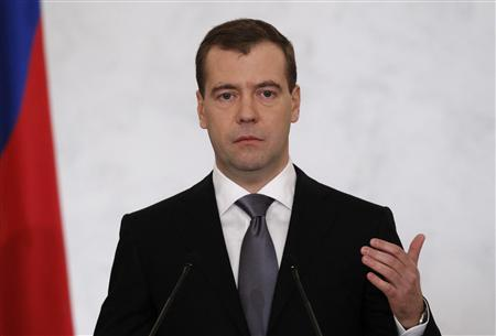 Russia's President Dmitry Medvedev makes his annual state of the nation address at the Kremlin in Moscow December 22, 2011.  REUTERS/Sergei Karpukhin