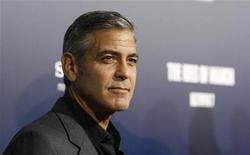 """Diretor e protagonista do filme """"Tudo pelo Poder"""", George Clooney, na estreia do filme em Beverly Hills, em setembro. 27/09/2011    REUTERS/Mario Anzuoni"""