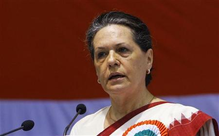 Chief of India's ruling Congress Party Sonia Gandhi speaks during the All India Congress Committee (AICC) meeting, which is dedicated to freedom fighters, martyrs and nation builders, in New Delhi November 2, 2010. REUTERS/B Mathur