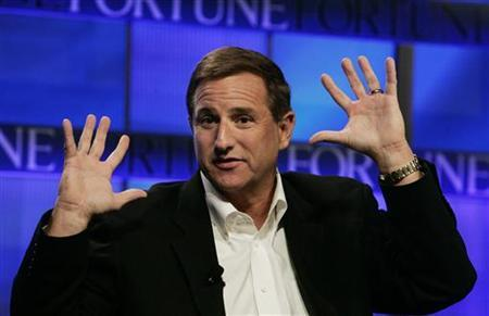 Mark Hurd, chairman, CEO and president of HP  speaks at the Fortune Brainstorm Tech conference  in Pasadena, California July 24, 2009. REUTERS/Fred Prouser