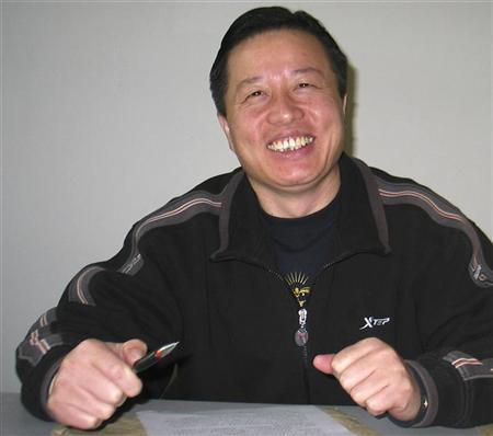 Chinese human rights lawyer Gao Zhisheng is seen in Beijing in this January 6, 2006 photo. REUTERS/Stringer