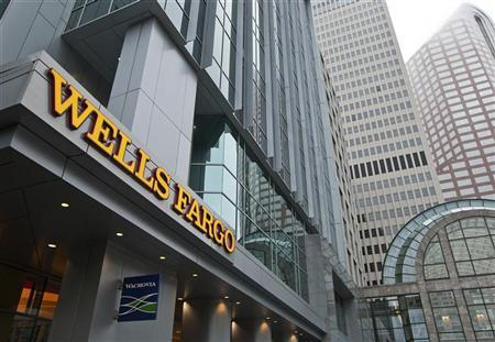 The last Wachovia sign is seen outside a Wells Fargo banking centre in Charlotte, North Carolina October 13, 2011.  REUTERS/Chris Keane