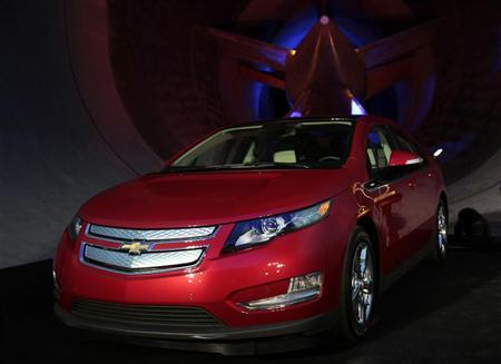 General Motors 2011 Chevrolet Volt extended-range electric vehicle is named Car of the Year by Motor Trend Magazine at the GM Aerodynamics Lab in front of the wind tunnel in the Warren Technical Center in Warren, Michigan November 16, 2010.    REUTERS/Rebecca Cook