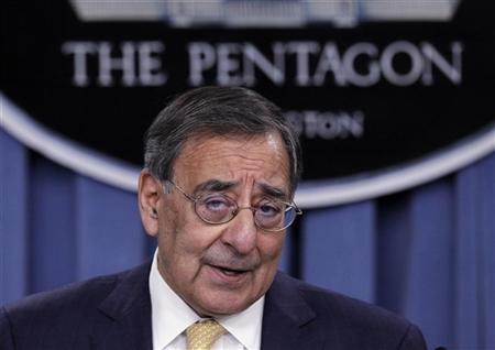 Secretary of Defense Leon Panetta details the Defense Strategic Review after it was introduced by U.S. President Barack Obama (not pictured) at the Pentagon near Washington, January 5, 2012.  REUTERS/Jason Reed