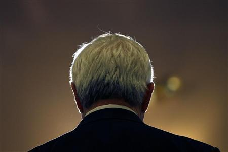 Republican presidential candidate and former U.S. Speaker of the House Newt Gingrich speaks during a news conference following a town hall campaign stop in Plymouth, New Hampshire January 5, 2012. REUTERS/Mike Segar