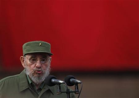 Former Cuban leader Fidel Castro speaks in Havana, September 28, 2010.  REUTERS/Desmond Boylan