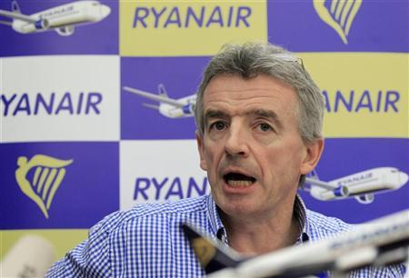 Michael O'Leary, chief executive of Irish low-fare airline Ryanair, speaks during a news conference in Brussels November 24, 2011.  REUTERS/Yves Herman