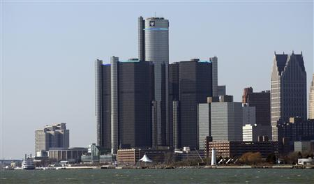 General Motors world headquarters is seen along the Detroit river in downtown Detroit, January 4, 2012. REUTERS/Rebecca Cook