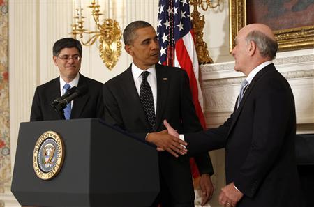 President Obama shakes hands with Chief of Staff Bill Daley after announcing that Daley is stepping down after only one year in office and will be replaced by budget director Jack Lew (L) at the White House, January 9, 2012. REUTERS/Kevin Lamarque