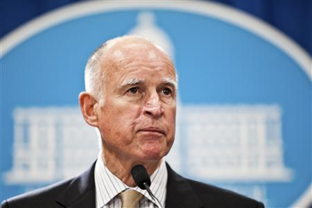 California Governor Jerry Brown introduces his state budget proposal at the State Capitol in Sacramento in this January 5, 2012 file photo. Brown pledged to cut the Gordian Knot of California government and reform the hopelessly overextended state, where the mortgage crisis lingers and unemployment is stuck in the double-digits; but has found it more difficult task than first thought.      REUTERS/Max Whittaker/Files