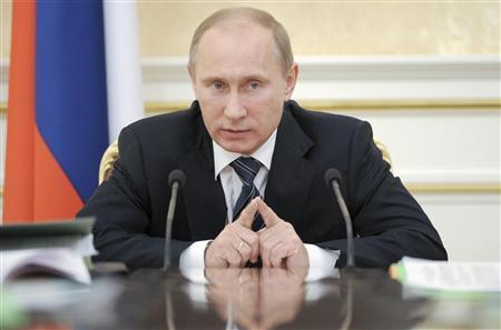 Russian Prime Minister Vladimir Putin speaks during a meeting of the Government Presidium in Moscow January 12, 2012.   REUTERS/Yana Lapikova/RIA Novosti/Pool