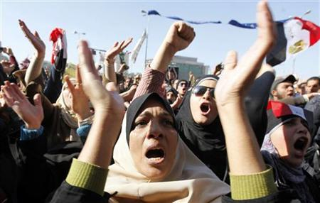 Protesters shout anti-military council slogans at Tahrir Square in Cairo December 23, 2011. REUTERS/Mohamed Abd El-Ghany