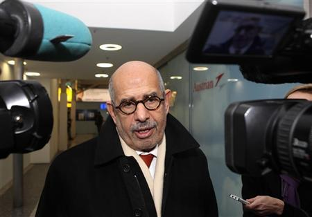 Prominent Egyptian reform campaigner Mohamed ElBaradei talks to journalists before leaving Vienna to Cairo at the Vienna airport, January 27, 2011. REUTERS/Heinz-Peter Bader