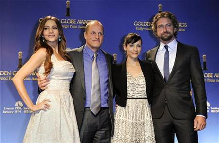 (L to R) Actors Sofia Vergara, Woody Harrelson, Rashida Jones and Gerard Butler pose during the nomination announcements for the 69th Annual Golden Globe Awards in the Beverly Hills, California, December 15, 2011. REUTERS/Gus Ruelas