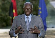 Angola's President Jose Eduardo dos Santos talks to journalists after a signature agreement ceremony held at Sao Bento Palace in Lisbon, Portugal, March 11, 2009. REUTERS/Hugo Correia