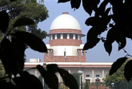 A view of the Supreme Court building is seen in New Delhi December 7, 2010. REUTERS/B Mathur/Files