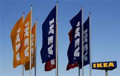 <p>Le distributeur de meubles et d'articles de décoration Ikea fait état d'un bénéfice record de 2,97 milliards d'euros, en hausse de 10,3%, pour l'exercice 2010-11 conclu fin août, avec une croissance particulièrement forte en Russie ou en Chine, notamment. /Photo d'archives/REUTERS/Bob Strong</p>