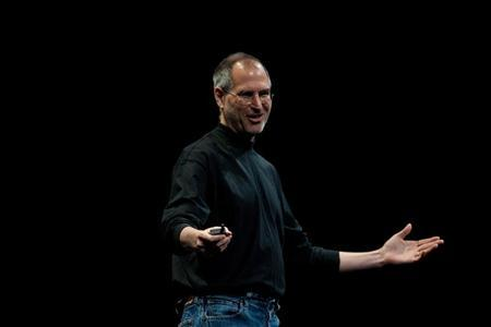 Steve Jobs, Apple's Chief Executive Officer, speaks at the company's World Wide Developers Conference in San Francisco, California in this June 11, 2007 file photo. REUTERS/Kimberly White