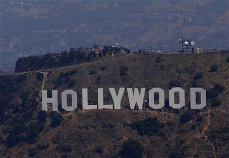 A view shows the Hollywood sign in Los Angeles, California July 16, 2011. REUTERS/Eric Thayer