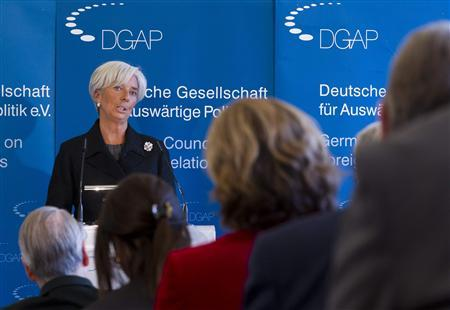 The head of the International Monetary Fund (IMF) Christine Lagarde delivers a speech at the German Council on Foreign Relations in Berlin, January 23, 2012. REUTERS/Thomas Peter