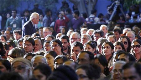 Members of the audience listen to authors at the annual Literature Festival in Jaipur, capital of India's desert state of Rajasthan January 20, 2012. REUTERS/Altaf Hussain