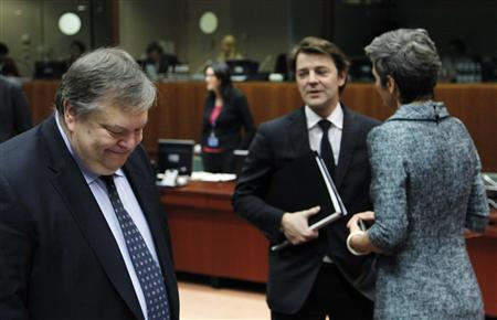 Greece's Finance Minister Evangelos Venizelos, French counterpart Francois Baroin and Danish Economy Minister Margrethe Vestager attend the European Union finance ministers meeting in Brussels January 24, 2012.    REUTERS/Francois Lenoir