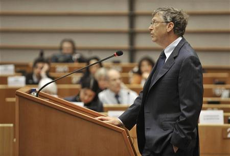 Microsoft founder Bill Gates addresses the European Parliament in Brussels January 24, 2012.  REUTERS/Stringer