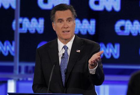 Republican presidential candidate former Massachusetts Governor Mitt Romney makes a point during the Republican presidential candidates debate in Jacksonville, Florida, January 26, 2012. REUTERS/Scott Audette