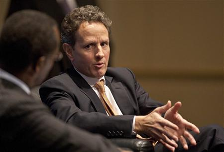 Treasury Secretary Timothy Geithner speaks at the Charlotte Chamber of Commerce in Charlotte, North Carolina January 25, 2012. REUTERS/Chris Keane