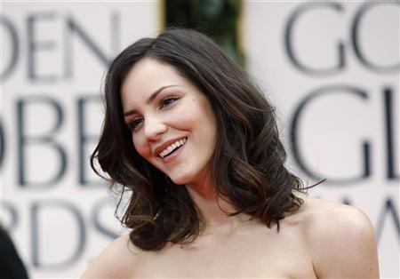 Katharine McPhee at the 69th annual Golden Globe Awards in Beverly Hills, California January 15, 2012. REUTERS/Danny Moloshok