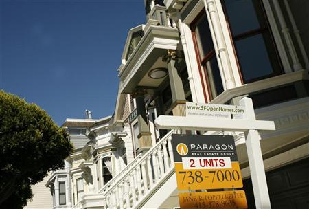 A pair of housing units are shown for sale in San Francisco, California, August 24, 2010. REUTERS/Robert Galbraith