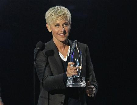 Television host Ellen DeGeneres accepts the Favorite Daytime TV Host award at the 2012 People's Choice Awards in Los Angeles January 11, 2012. REUTERS/Mario Anzuoni