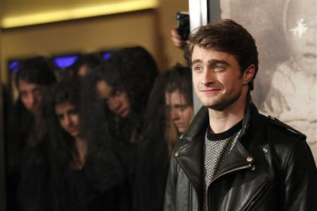 Cast member Daniel Radcliffe poses at a special screening of ''The Woman in Black'' in Los Angeles, California February 2, 2012.  REUTERS/Mario Anzuoni
