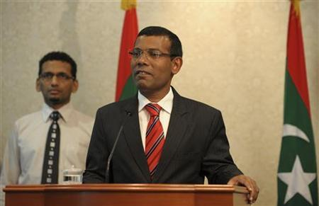 Mohamed Nasheed announces his resignation as the president of Maldives in Male February 7, 2012. REUTERS/Stringer