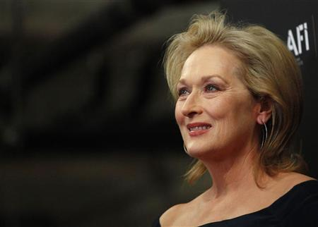 Actress Meryl Streep poses at the Australian Academy of Cinema and Television Arts Awards in West Hollywood, California January 27, 2012. REUTERS/Mario Anzuoni