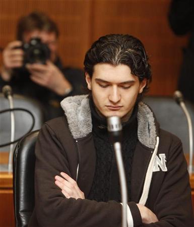 Defendant Arid Uka awaits sentencing during his trial at the higher regional court in Frankfurt February 10, 2012.  REUTERS/Ralph Orlowski
