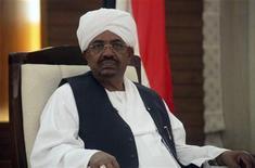 <p>الرئيس السوداني عمر حسن البشير في الخرطوم يوم 4 فبراير شباط 2012 - رويترز</p>