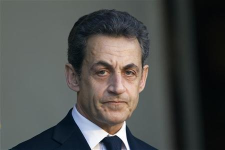 France's President Nicolas Sarkozy waits for the arrival of a guest at the Elysee Palace in Paris February 10, 2012.   REUTERS/Charles Platiau