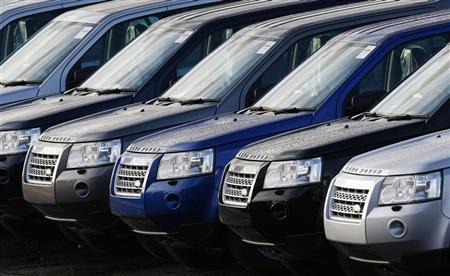 New Land Rover Freelanders are seen outside the Halewood Jaguar and Land Rover factory in Liverpool, northern England, in this October 27, 2008 file photo. REUTERS/Phil Noble/Files