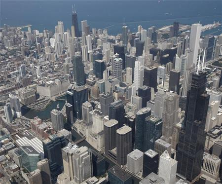 A view of the Chicago skyline August 13, 2009. REUTERS/John Gress