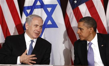 U.S. President Barack Obama (R) meets Israel's Prime Minister Benjamin Netanyahu at the United Nations in New York September 21, 2011. REUTERS/Kevin Lamarque