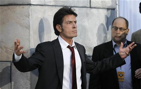 Actor Charlie Sheen arrives for the taping of the television show ''The Comedy Central's Roast of Charlie Sheen'' at Sony studios in Culver City, California September 10, 2011.   REUTERS/Mario Anzuoni