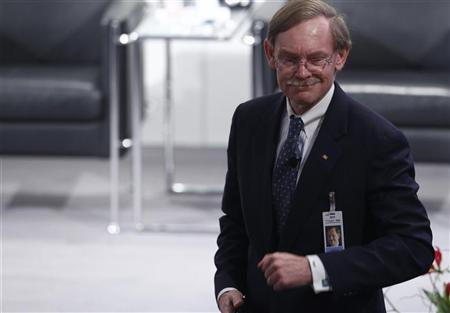 World Bank Group President Robert Zoellick arrives for the opening of the 48th Conference on Security Policy in Munich February 3, 2012.   REUTERS/Michaela Rehle
