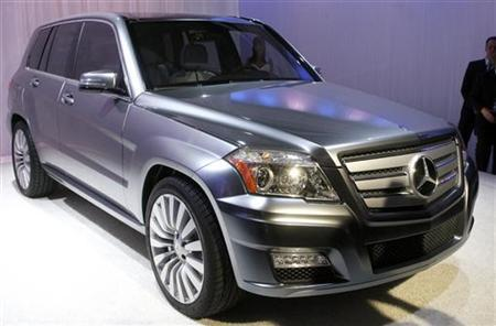 Feature china 39 s consumers embrace bulky pricey suvs for Embrace by mercedes benz