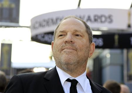 Harvey Weinstein of The Weinstein Company arrives at the 84th Academy Awards in Hollywood, California, February 26, 2012.   REUTERS/Lucy Nicholson