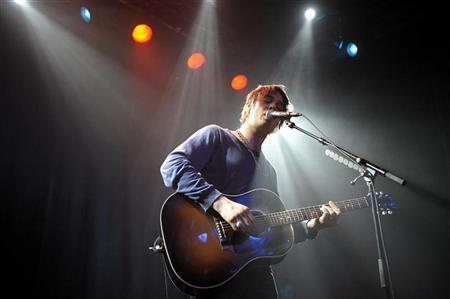 British musician Pete Doherty performs on stage at Debaser Medis during a concert in Stockholm January 11, 2010.  REUTERS/Ander Wiklund/Scanpix