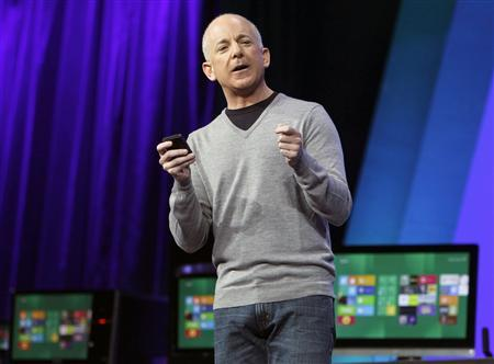 Microsoft Windows President Steven Sinofsky introduces Windows 8 at the Build conference in Anaheim, California, in this September 13, 2011, file photo. REUTERS/Alex Gallardo/Files